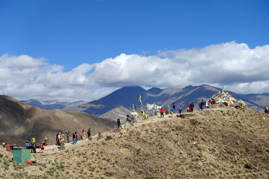 Tibet Countryside - Gaining elevation